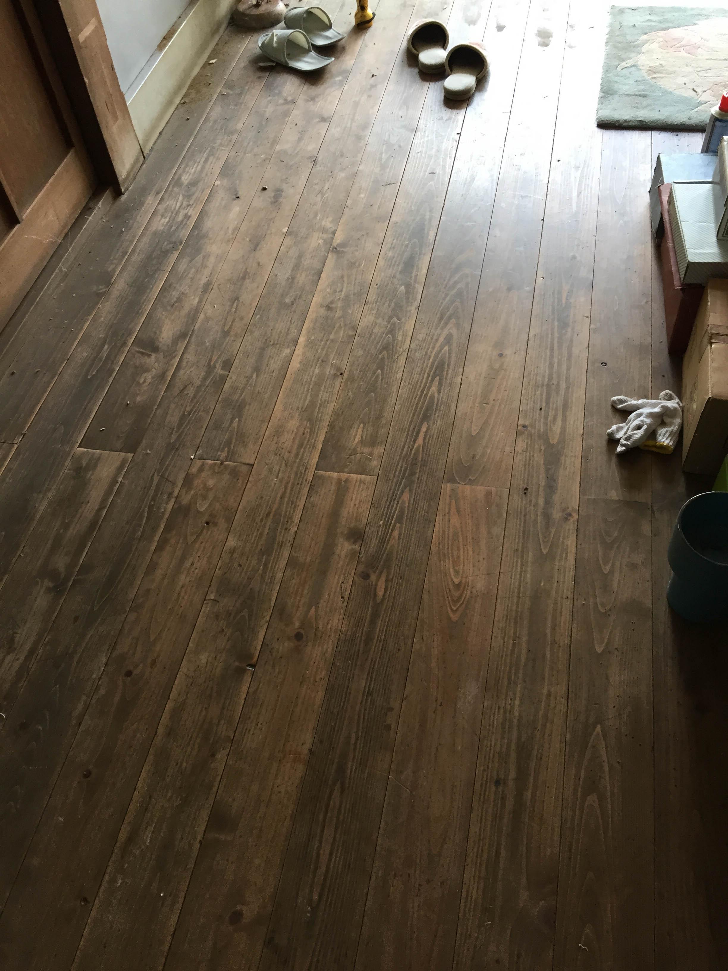 古民家の床板